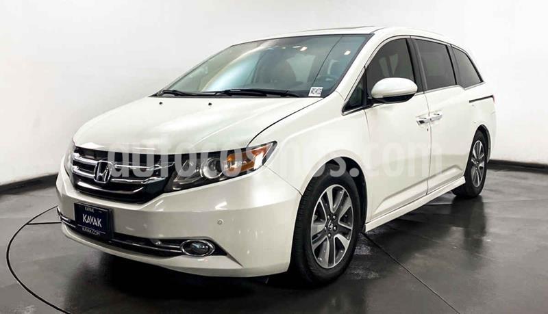 Honda Odyssey Touring usado (2015) color Blanco precio $377,999