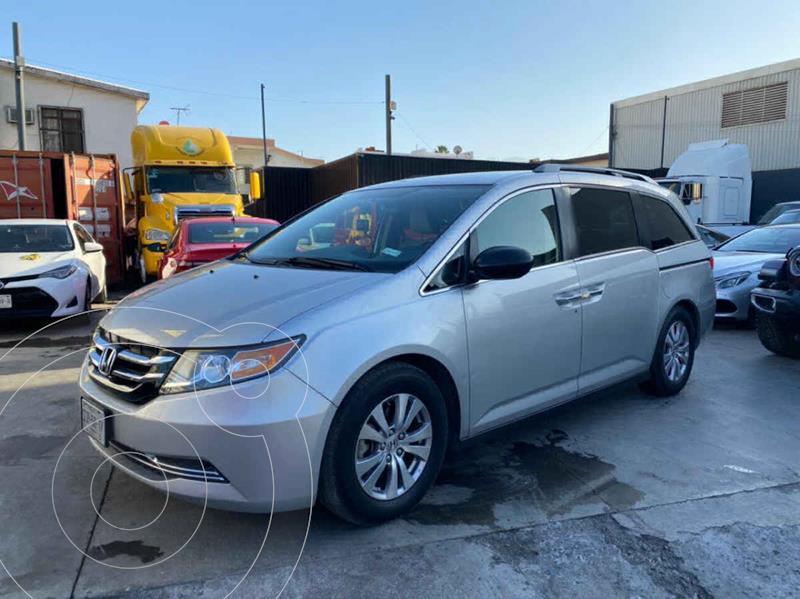 Honda Odyssey EX usado (2014) color Plata precio $229,800