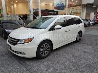 Honda Odyssey 5P TOURING TA A/AC. AUT. QC PIEL CD DVD F. HALOGE usado (2015) color Blanco precio $414,000