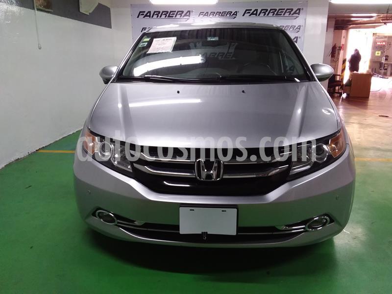 Honda Odyssey Touring usado (2015) color Plata precio $355,000