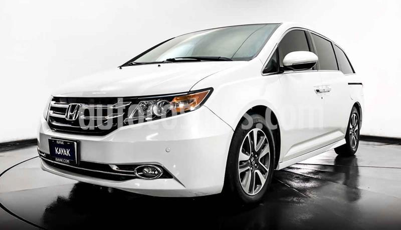 Honda Odyssey Touring usado (2014) color Blanco precio $314,999