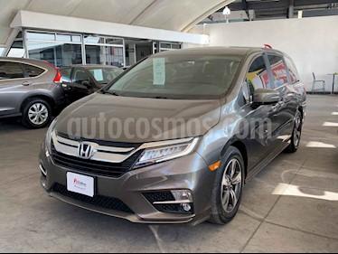 Honda Odyssey 5p Touring V6/3.5 Aut usado (2018) color Cafe precio $552,000