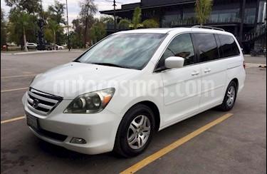 foto Honda Odyssey Touring usado (2007) color Blanco precio $125,000