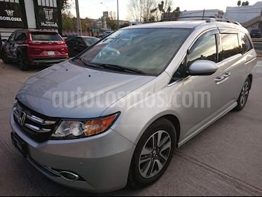Foto venta Auto Seminuevo Honda Odyssey Touring (2015) color Plata precio $389,000
