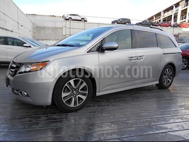 Foto Honda Odyssey Touring usado (2014) color Plata precio $350,000