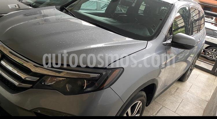 Honda Pilot Touring usado (2017) color Gris precio $429,000