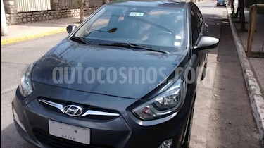 Hyundai Accent 1.4 GL Ac usado (2012) color Gris Carbono precio $4.850.000