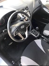 Hyundai Accent 1.4 GL Ac usado (2017) color Plata precio $6.300.000