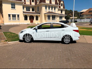 Hyundai Accent 1.4 GL Ac usado (2015) color Blanco precio $5.540.000