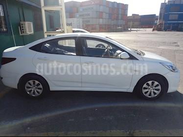 Hyundai Accent 1.4 GL usado (2015) color Blanco precio $5.700.000