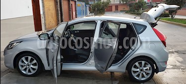 Foto venta Auto usado Hyundai Accent 1.4L GL Sport Aut (2013) color Plata precio u$s12,000