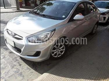 Hyundai Accent 1.4 GL usado (2014) color Plata precio $5.700.000