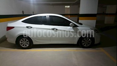 Hyundai Accent Advance usado (2017) color Blanco Cristal precio $38.500.000