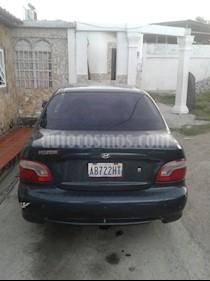 Foto venta carro usado Hyundai Accent Familiar L4,1.3i,12v S 2 1 (2002) color Verde precio u$s1.000
