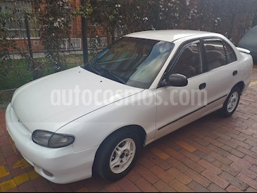 Hyundai Accent GL 1350 cc usado (1998) color Blanco precio $7.800.000