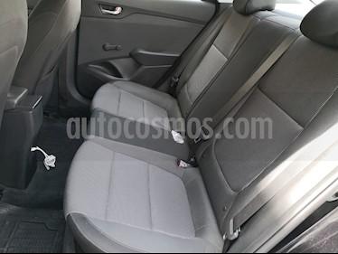Hyundai Accent GL Mid Aut usado (2018) color Negro precio $230,000