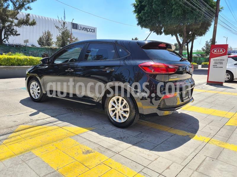Hyundai Accent GL Mid Aut usado (2020) color Negro precio $239,000