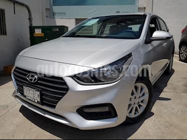 Hyundai Accent GL Mid Aut usado (2019) color Plata precio $220,000