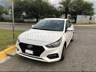 Hyundai Accent GL Mid Aut usado (2019) color Blanco precio $240,000