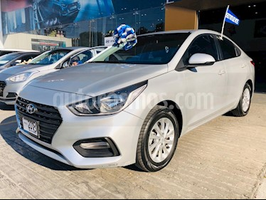 Hyundai Accent GL Mid Aut usado (2018) color Plata precio $225,000