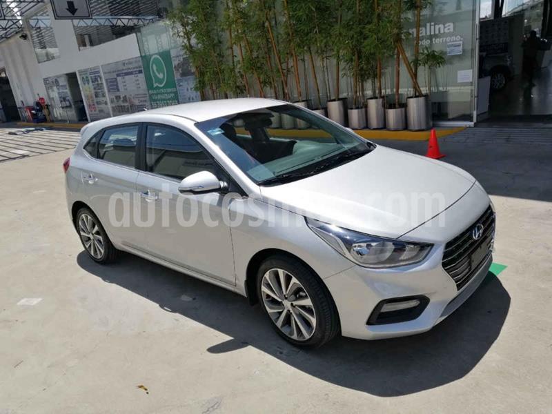 Hyundai Accent HB GLS Aut usado (2020) color Plata precio $309,900