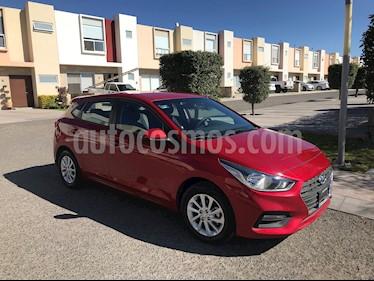 Hyundai Accent HB GL Mid Aut usado (2018) color Rojo precio $235,500