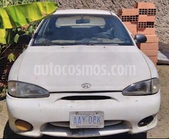 Hyundai Accent LS 1.5 Auto. usado (1998) color Blanco precio BoF2.001.200
