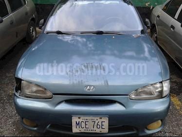 Hyundai Accent GLS Auto. usado (2001) color Azul precio u$s800