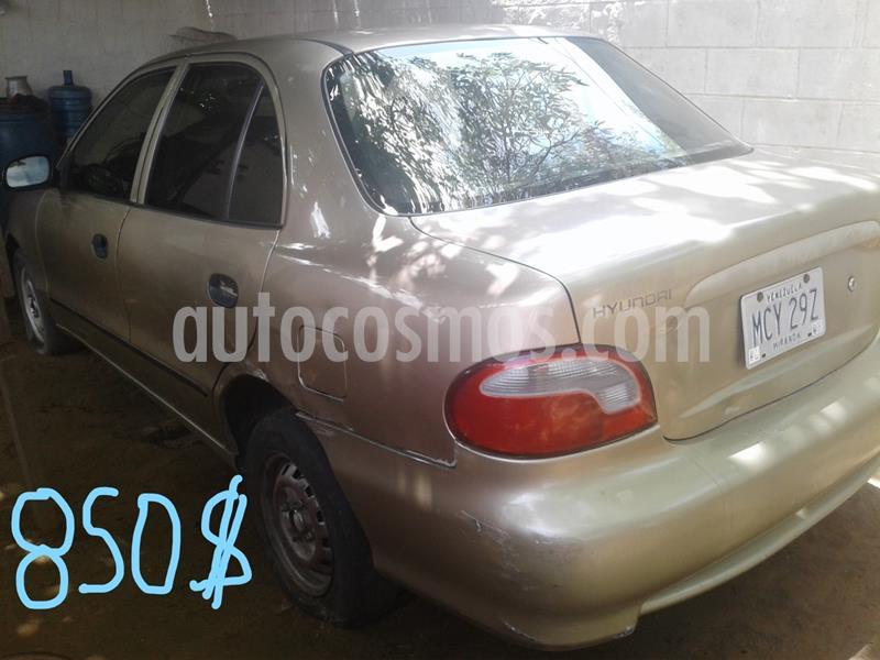 Hyundai Accent LS 1.5 Auto. usado (2002) color Gris precio u$s850