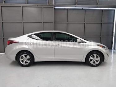 Foto venta Auto usado Hyundai Elantra 4p GLS L4/1.8 Aut (2016) color Plata precio $195,000