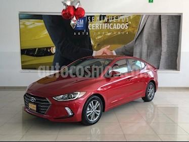 Foto Hyundai Elantra 4p GLS L4/2.0 Aut usado (2017) color Rojo precio $218,900
