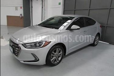 Foto venta Auto usado Hyundai Elantra 4p GLS Premium L4/2.0 Aut (2017) color Plata precio $219,000