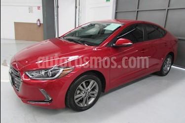 Foto venta Auto usado Hyundai Elantra 4p GLS Premium L4/2.0 Aut (2017) color Rojo precio $230,000