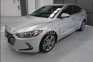 foto Hyundai Elantra 4p Limited Tech Navi L4/2.0 Aut usado (2018) color Plata precio $290,000