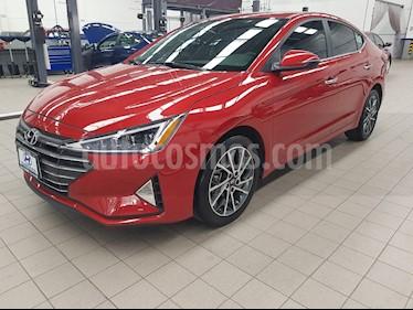 Foto venta Auto usado Hyundai Elantra 4p Limited Tech Navi L4/2.0 Aut (2019) color Rojo precio $349,000
