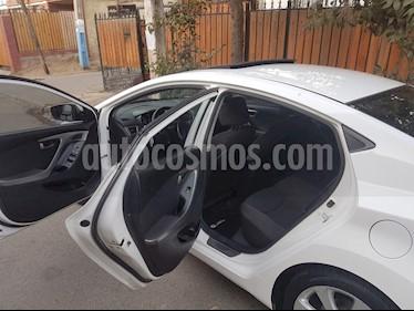 Hyundai Elantra GLS 1.8  usado (2012) color Blanco precio $3.200.000