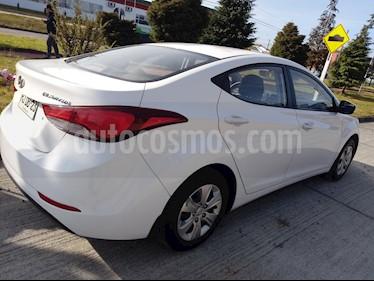 Hyundai Elantra 1.6 GLS  usado (2015) color Blanco precio $6.200.000