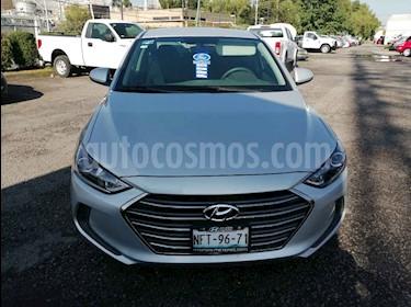 Foto venta Auto usado Hyundai Elantra GLS Aut (2018) color Plata precio $225,000