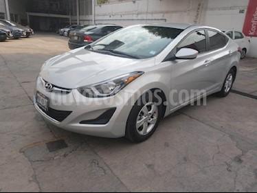 Foto venta Auto usado Hyundai Elantra GLS Aut (2016) color Plata precio $185,000