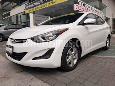 Foto venta Auto usado Hyundai Elantra GLS Aut (2016) color Blanco precio $189,000