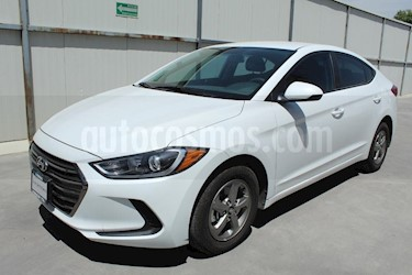 Foto venta Auto usado Hyundai Elantra GLS Aut (2018) color Blanco precio $245,000