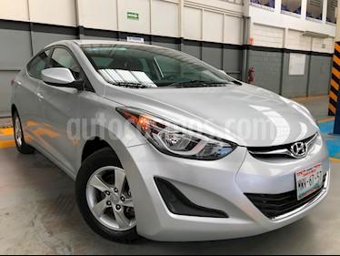 Foto venta Auto usado Hyundai Elantra GLS Aut (2016) color Plata precio $180,000