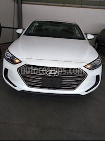 Foto venta Auto usado Hyundai Elantra GLS Aut (2017) color Blanco precio $229,000