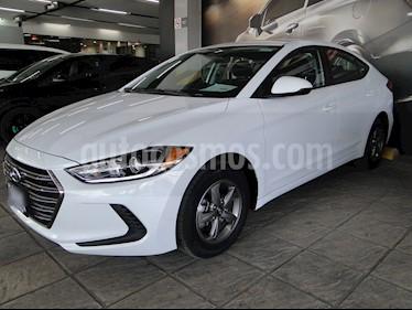 Foto venta Auto usado Hyundai Elantra GLS Aut (2018) color Blanco precio $260,000