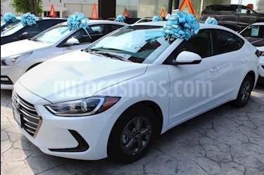 Foto venta Auto usado Hyundai Elantra GLS Aut (2018) color Blanco precio $277,900