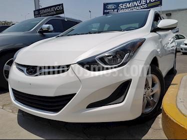 Foto Hyundai Elantra GLS Aut usado (2016) color Blanco precio $180,000