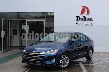 Hyundai Elantra GLS Aut usado (2019) color Azul precio $305,000