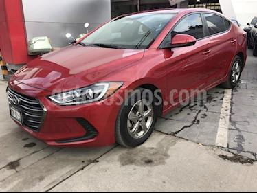 Foto venta Auto Seminuevo Hyundai Elantra GLS Aut (2017) color Rojo precio $213,000