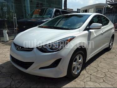 Foto venta Auto usado Hyundai Elantra GLS Aut (2016) color Blanco precio $198,000