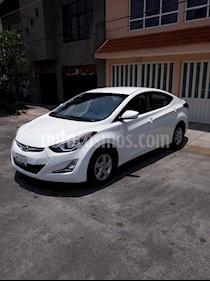 Foto venta Auto usado Hyundai Elantra GLS Aut (2015) color Blanco precio $165,000